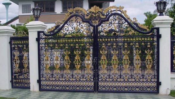 Báo giá thi công làm cửa cổng sắt đẹp